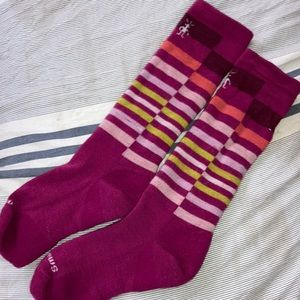 SmartWool Kids Long Crew Socks in Pink multi color Stripes size Lg